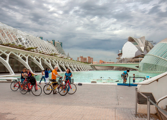 Valencia Tour in bike